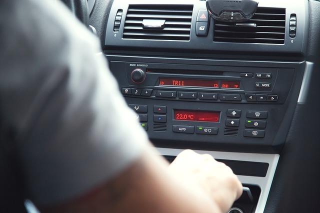 řídící panel vozidla